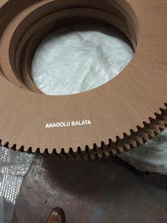 813x493x32 mm